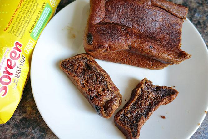 Soreen malt loaf sliced (on a plate)